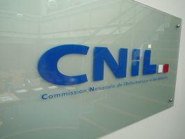 Plaque signalétique et Logo de la CNIL